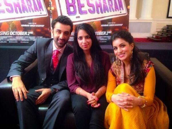 Ranbir And Pallavi Cool Smiling Posed At Besharam Promotions In London