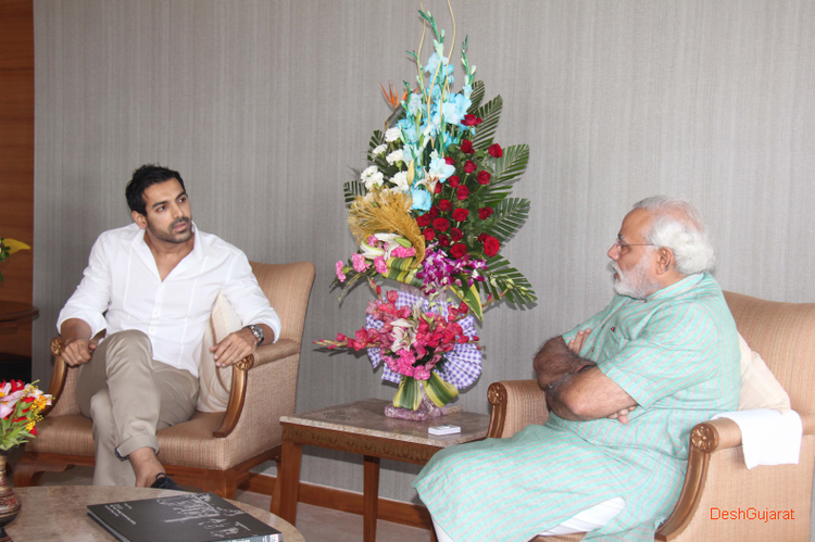 John Visited Gujarat Chief Minister Narendra At Capital Gandhinagar Office