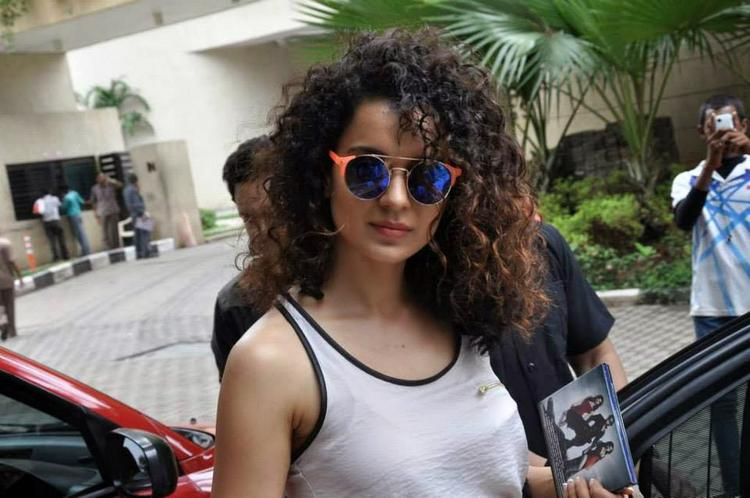 Curly Hair Beauty Kangana Stunning Pic During The Music Launch Event Of Krrish 3
