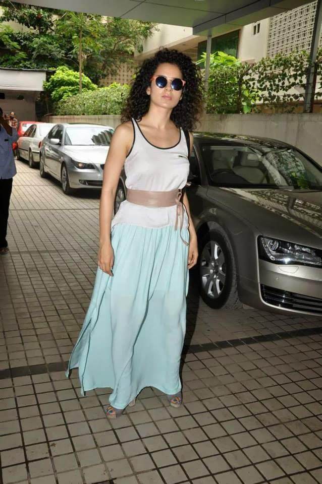 Kangana At The Launch Of The Music Of Her Upcoming Superhero Film Krrish 3 At A Ganesha Pandal