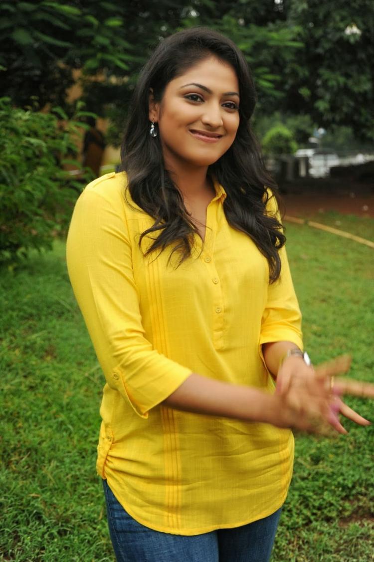 Haripriya Cool Look On The Sets Of Ee Varsham Sakshiga Movie