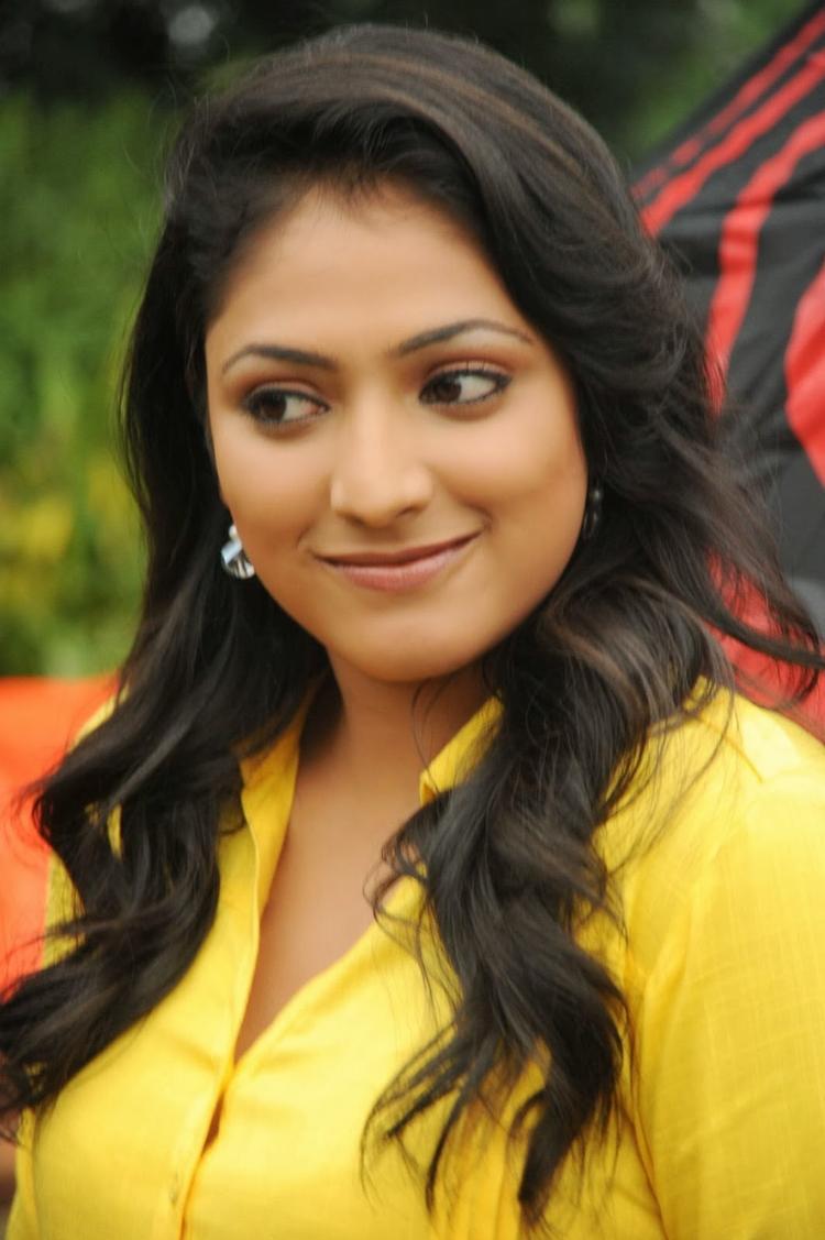 Haripriya Cute Look On The Sets Of Ee Varsham Sakshiga Movie