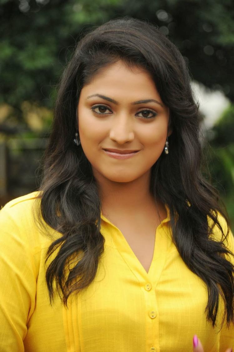 Haripriya Stunning Face Look On The Sets Of Ee Varsham Sakshiga Movie