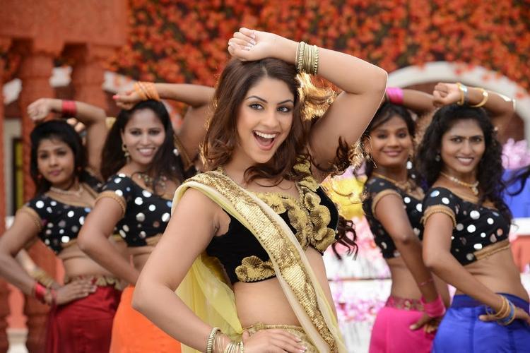 Richa Gangopadhyay Danced Still From Bhai Movie