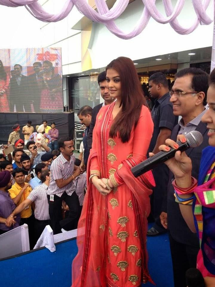 Aishwarya Graced At The 52nd Store Launch Of Kalyan Jewellers In Ludhiana