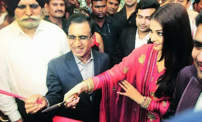 Kalyan Jewellers 52nd Show Room In Ludhiana Launched By Aishwarya Rai Bachchan