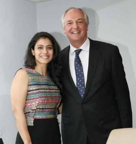 Kajol Devgan And Paul Polman Smiling Posed For Camera At UNGA Week In New York