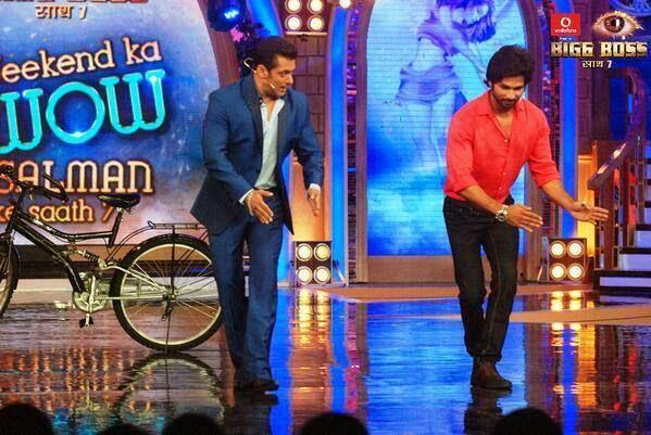 Salman And Shahid Cool Danced During The Promotion Of PPNH On The Sets Of Bigg Boss 7 Session