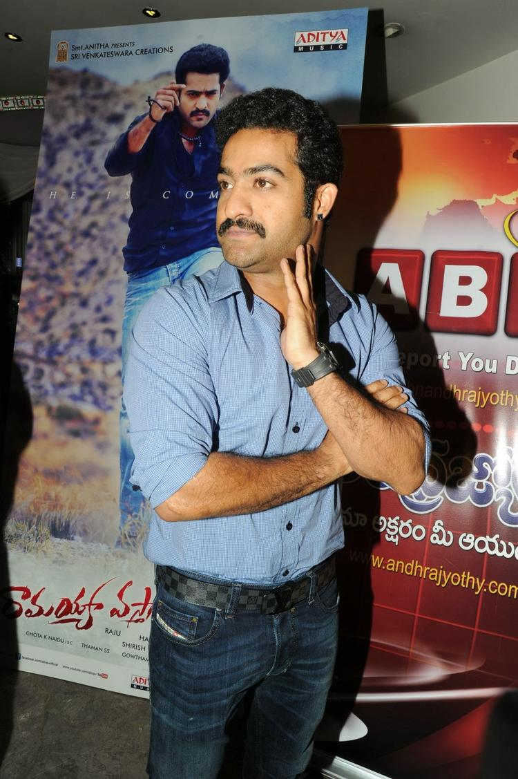 Jr. NTR Strikes A Pose For Camera At Ramayya Vastavayya Audio Release Function