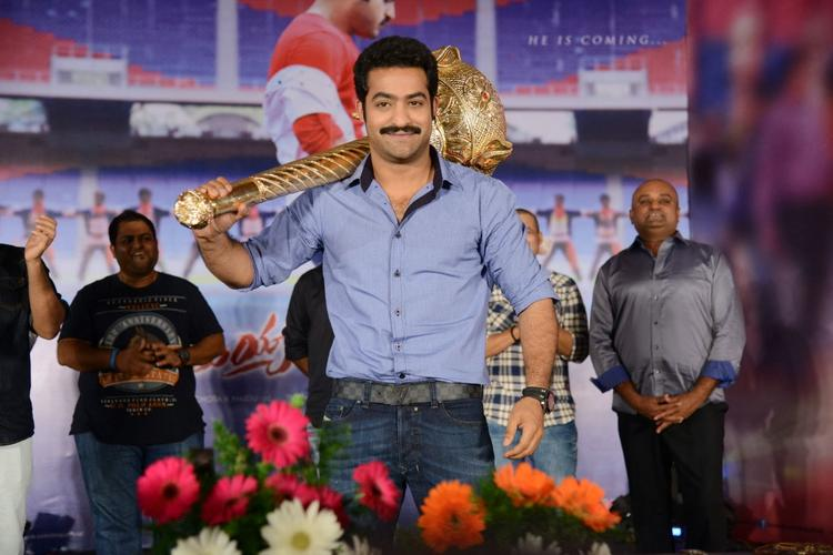 Jr. NTR Cool Posed At Ramayya Vastavayya Audio Release Function