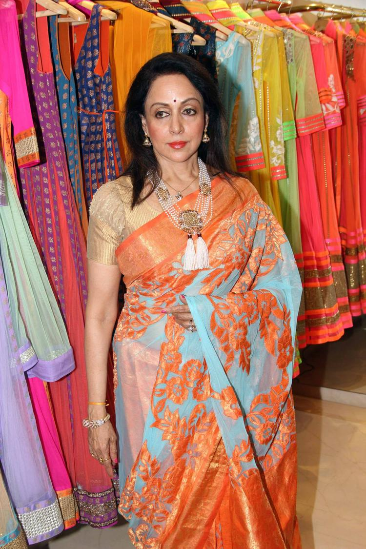 Hema Malini Glamour Look In Saree At Neeta Lulla's Flagship Store