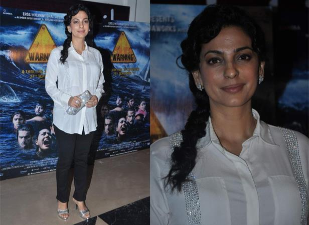 Juhi Chawla Simple Sweet Look During The Premiere Show Of Warning 3D Movie