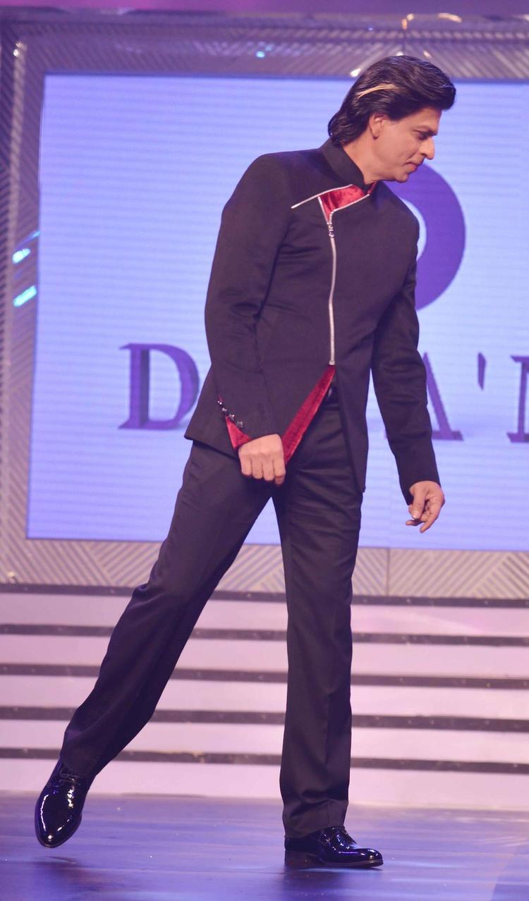 SRK On The Ramp During The Late Yash Chopra's 81st Birth Anniversary