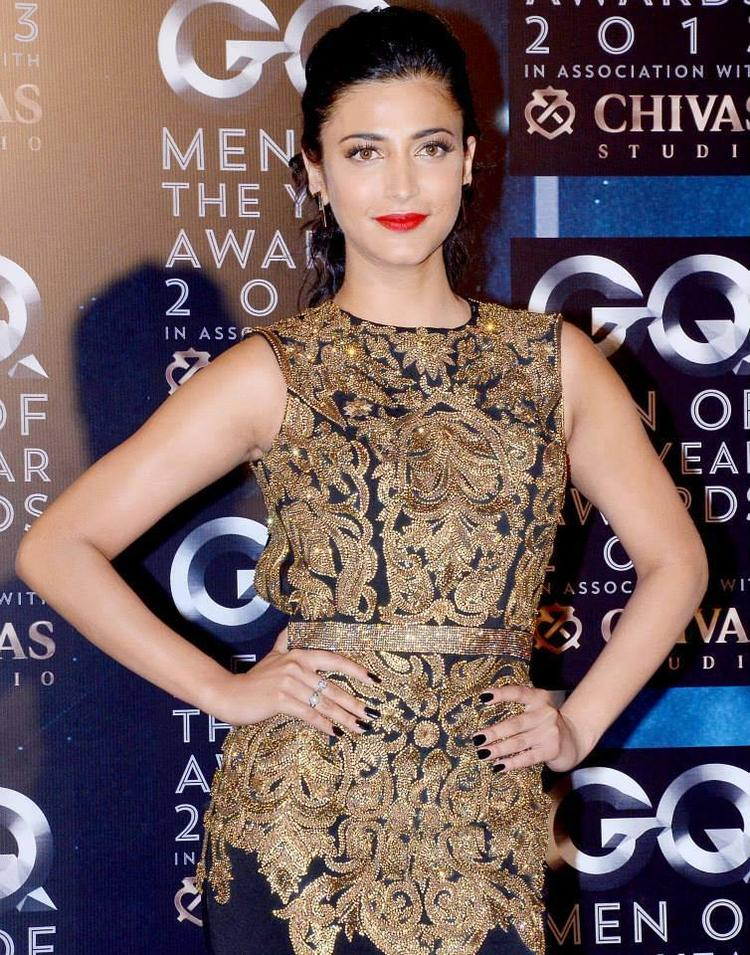 Shruti Haasan Gorgeous Look At GQ Men Of The Year Awards 2013