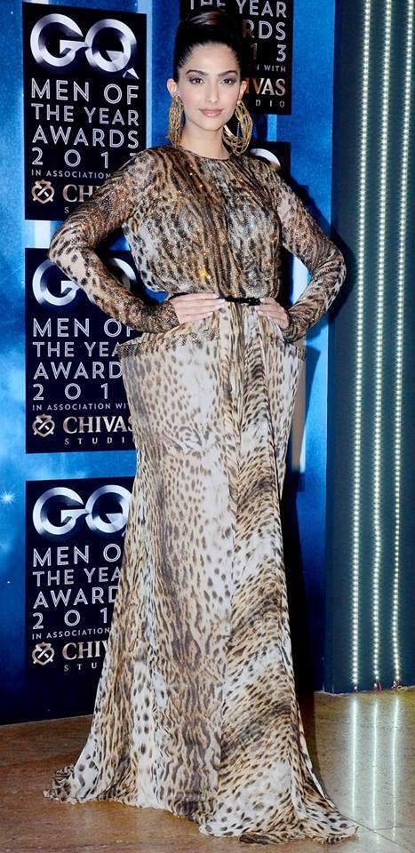 Sonam Kapoor Printed Dress Stylish Look At GQ Men Of The Year Awards 2013