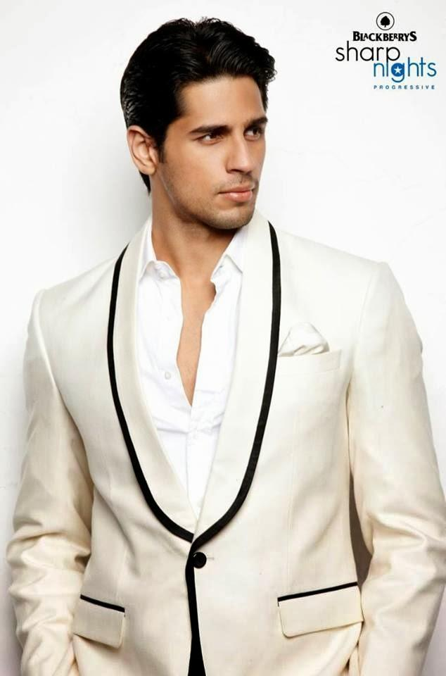 Sidharth Malhotra Dashing Look For Quirky Blackberrys Fall Winter Collection