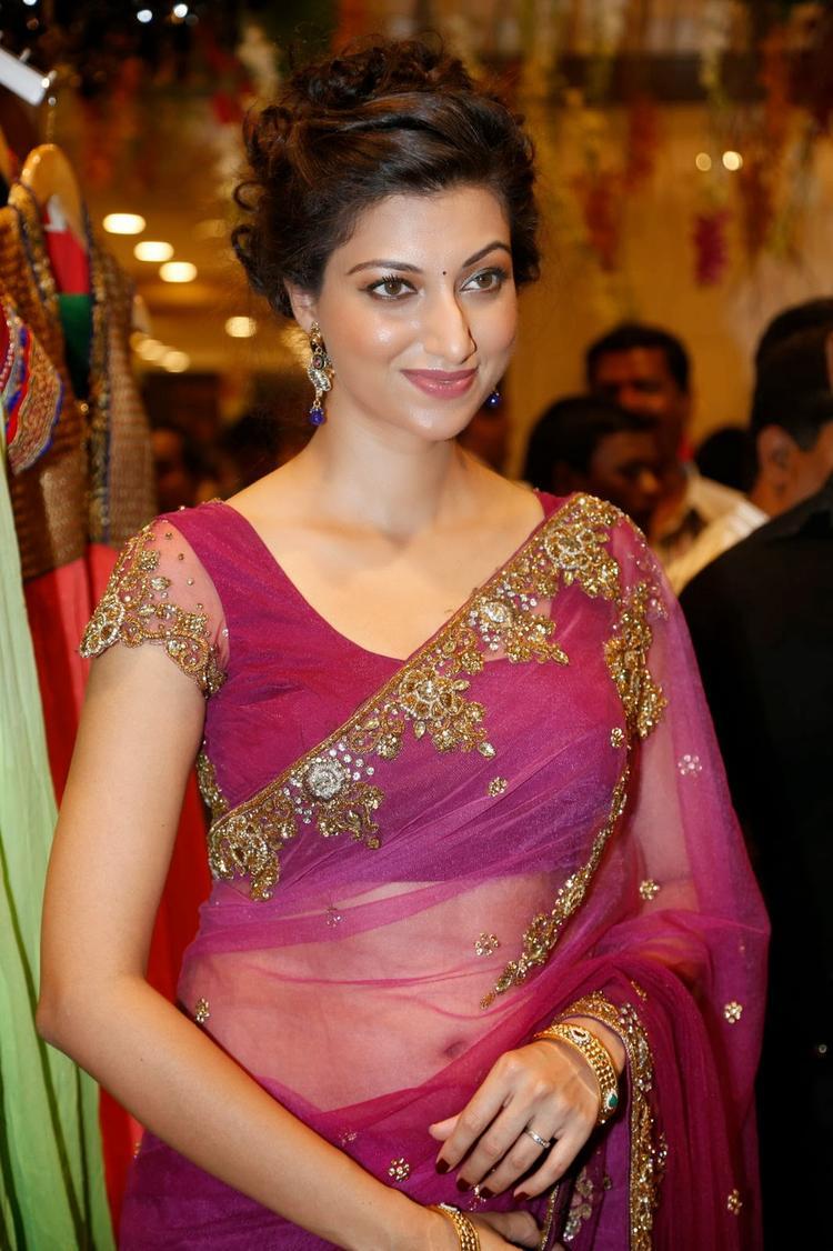 Hamsa Nandini Cute Face Look At Kalamandir Saree Store Showroom Launch Event