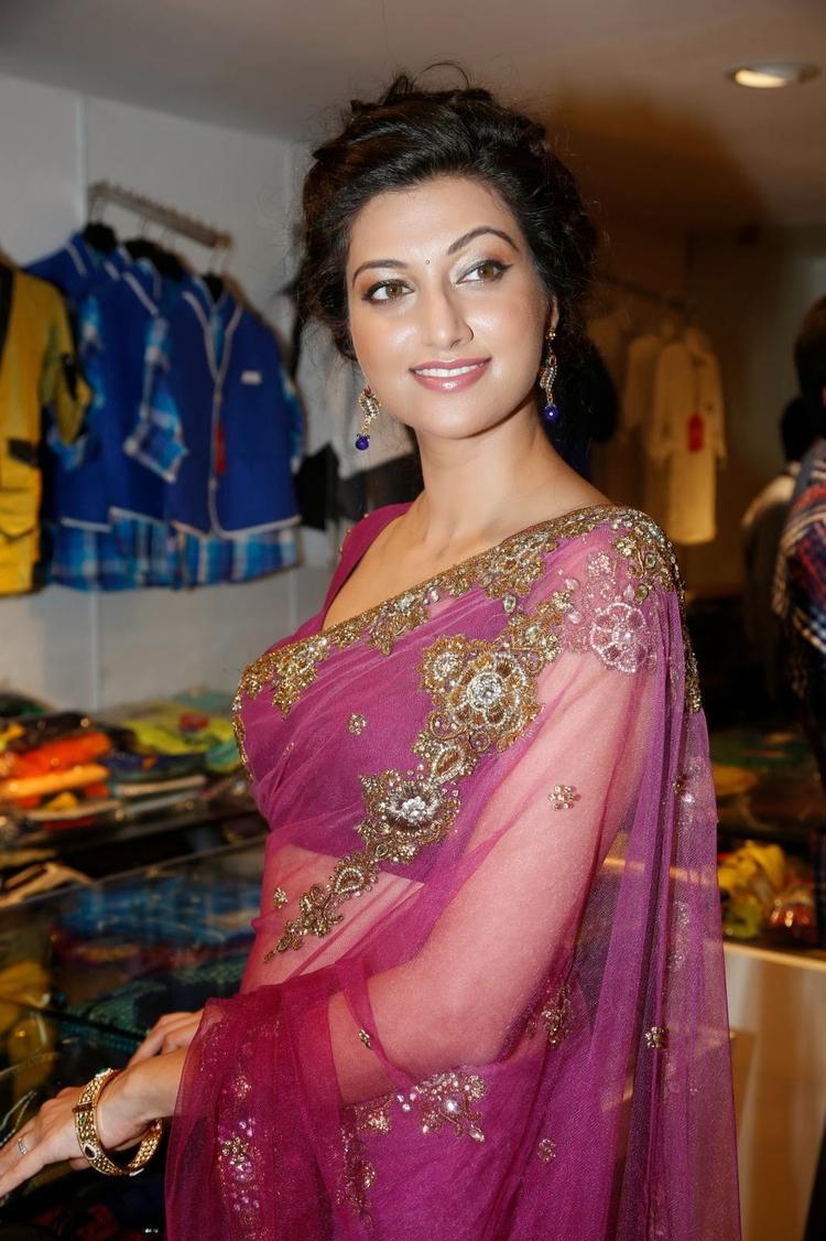 Hamsa Nandini Smashing Look During The Launch Of Kalamandir Saree Showroom At Hyderabad