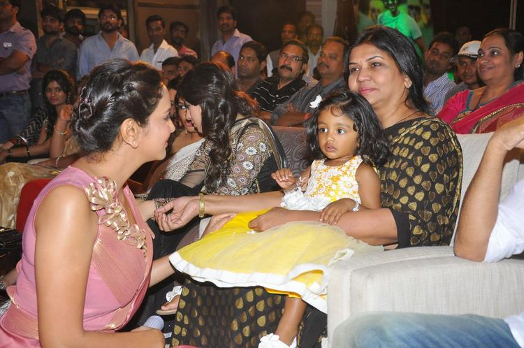 Lakshmi Prasanna Manchu Cool With A Kid At Doosukeltha Audio Launch Function