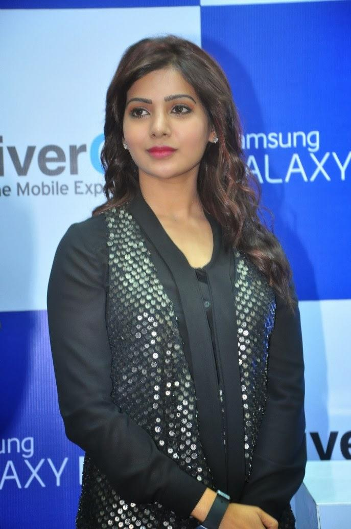 Samantha Gorgeous Look In Red Lippy At Samsung Galaxy Note III Launch Event