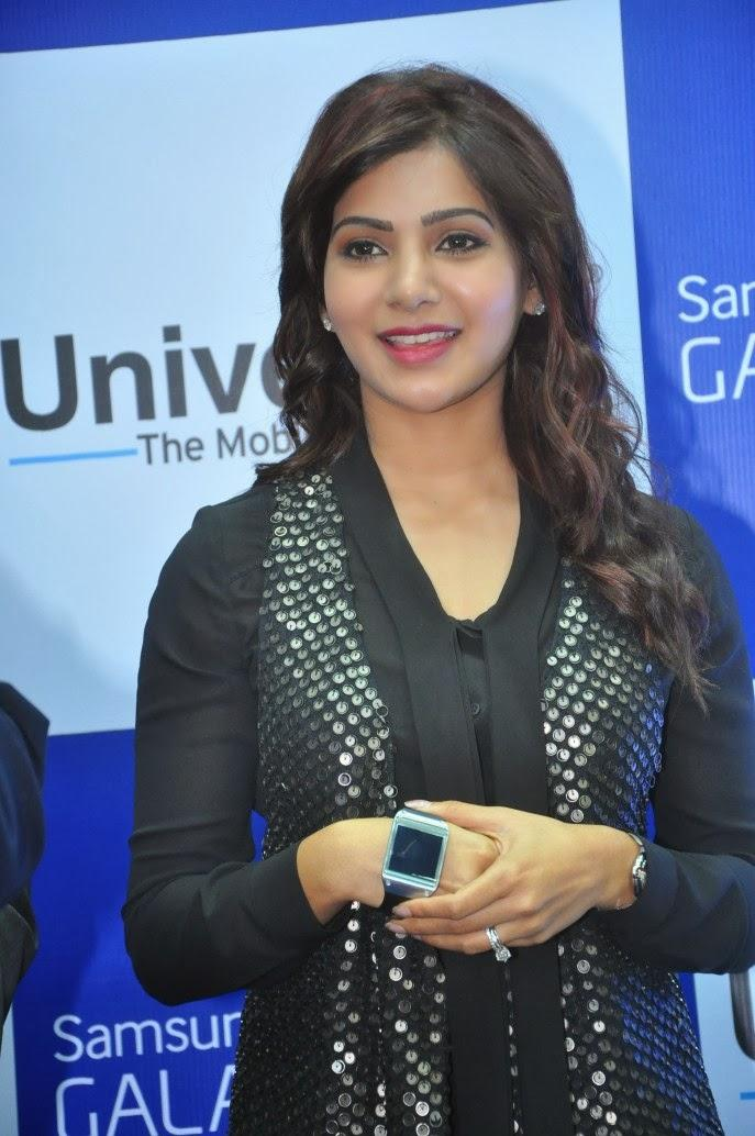 Samantha Stylish Look During The Launch Of Samsung Galaxy Note III At Chennai
