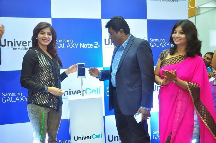 Samantha Uneviled Samsung Galaxy Note III At Chennai