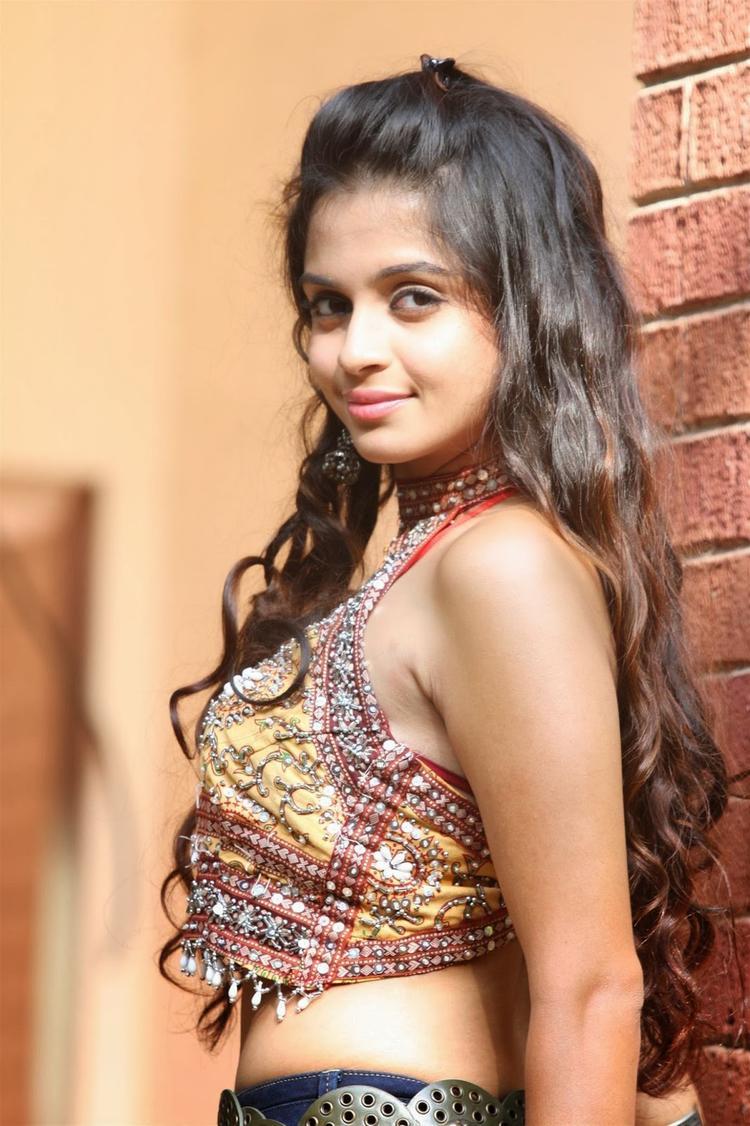 Sheena Shahabadi Stunning Hot Look For Navratri Special Photo Shoot Still