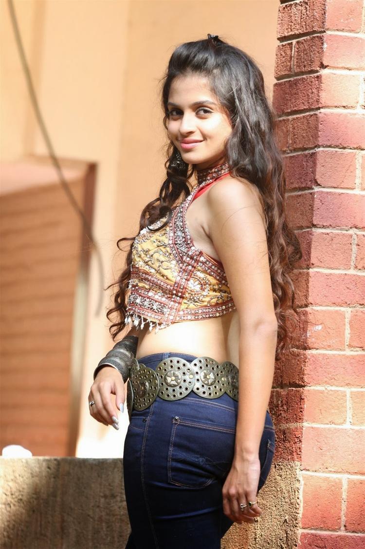 Sheena Shahabadi Stylish Look For Navratri Special Photo Shoot Still