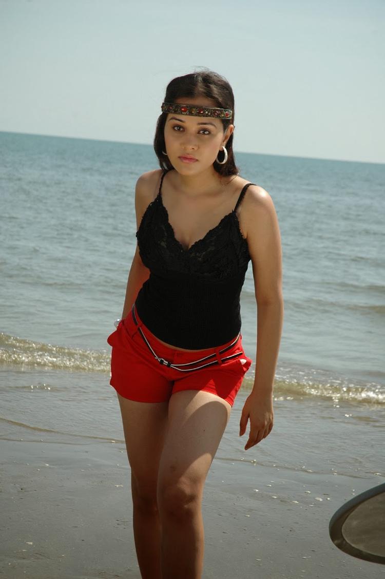 Nisha Kothari Bold Hot Look Still