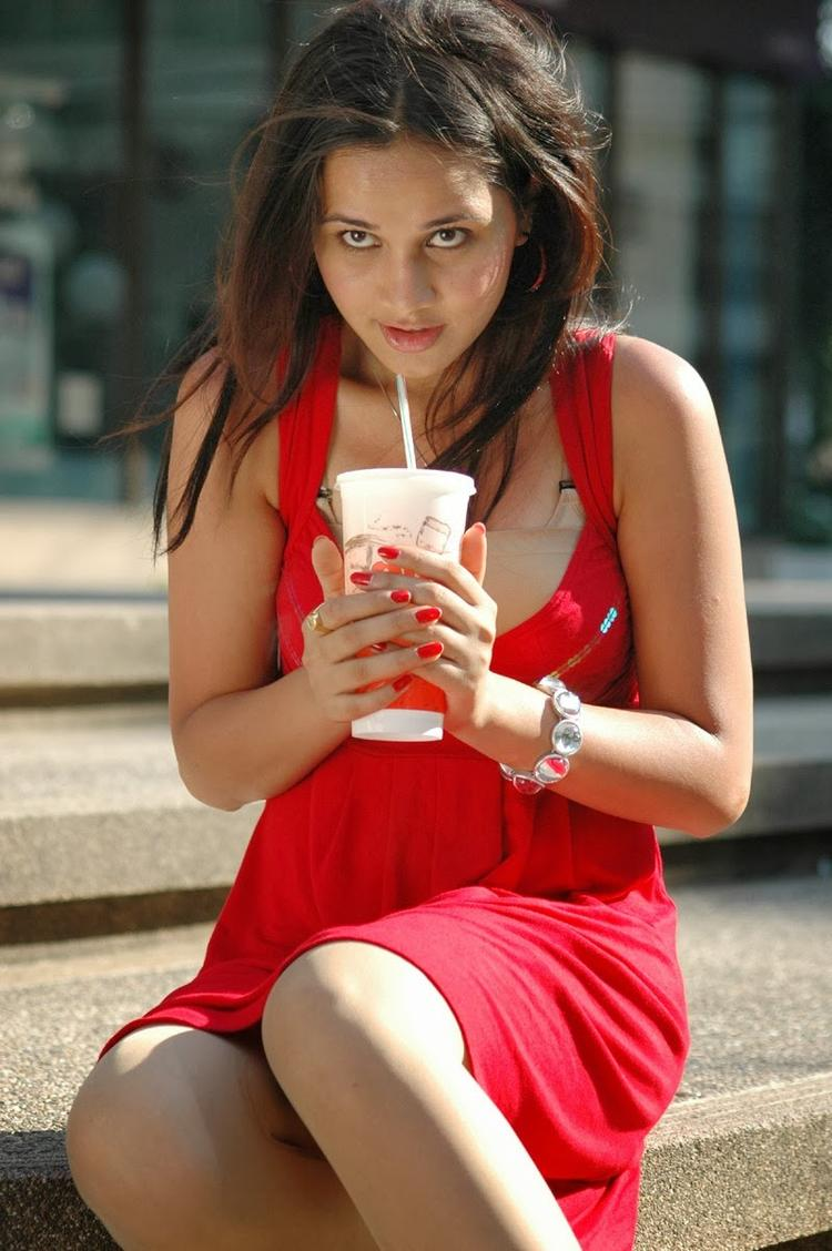 Nisha Kothari Nice Cool Look Still