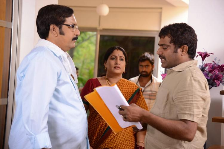 Director Veerabhadram Directed A Scene On The Sets Of Bhai Movie