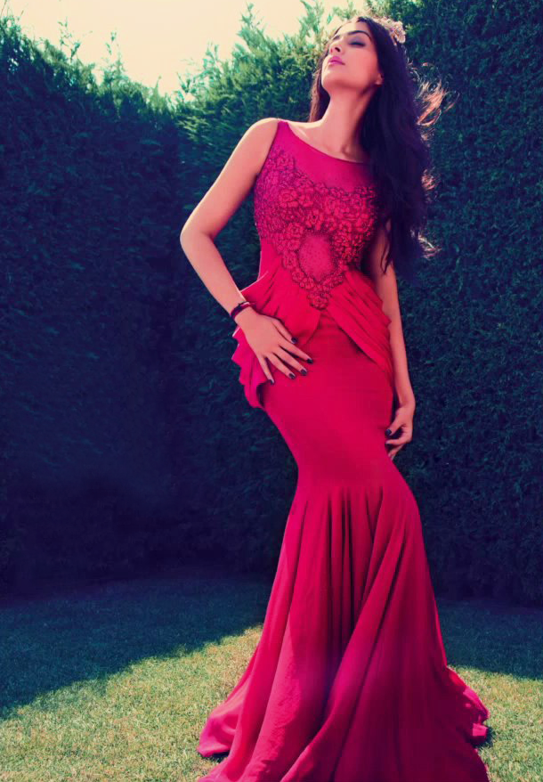 Sonam Kapoor In Red Dress Smashing Look For ELLE India Magazine October 2013 Edition