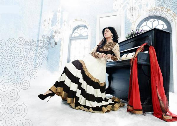 Sushmita Sen Cool Look Photo Shoot For New Anarkali Collection 2013