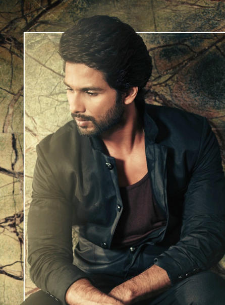 Shahid Kapoor Graced On Hello! India Magazine October 2013 Issue