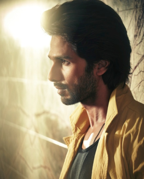 Shahid Kapoor Side Face Look Photo Shoot For Hello! India Magazine October 2013 Issue