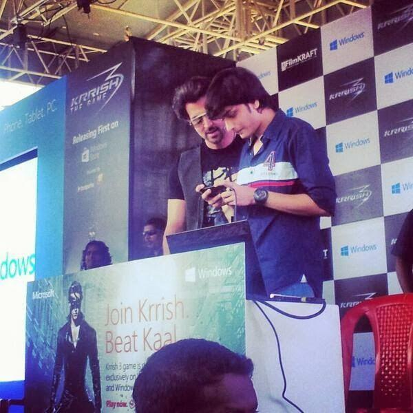Hrithik Roshan Spotted To Launch A Windows 8 Game At  Dayanand Sagar College In Bangalore