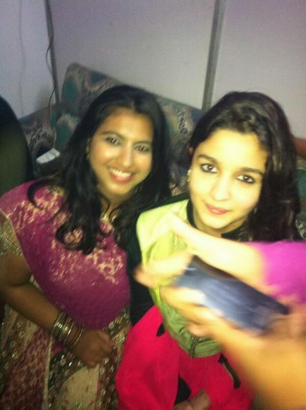 Actress Alia Bhatt's Pose For Camera At Navratri Festival 2013 Celebration