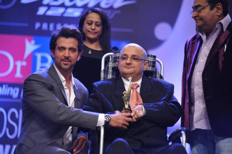 Hrithik During Dr. Batra`s Positive Health Awards 2013 Ceremony