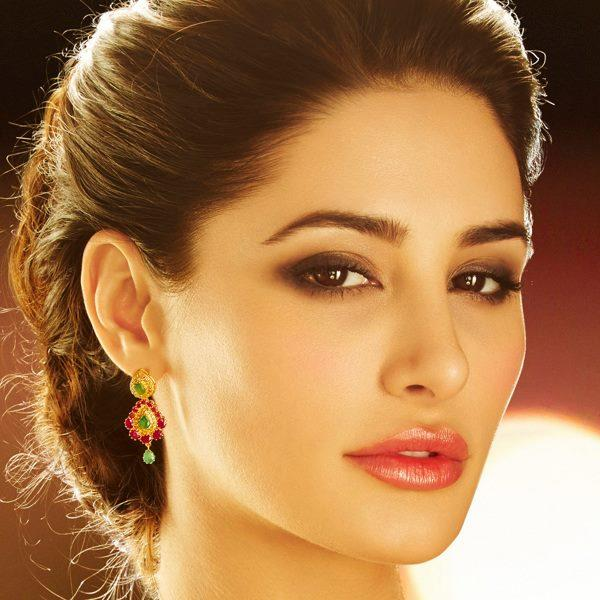 Nargis Fakhri Strikes A Sizzling And Charming Look For D'Damas
