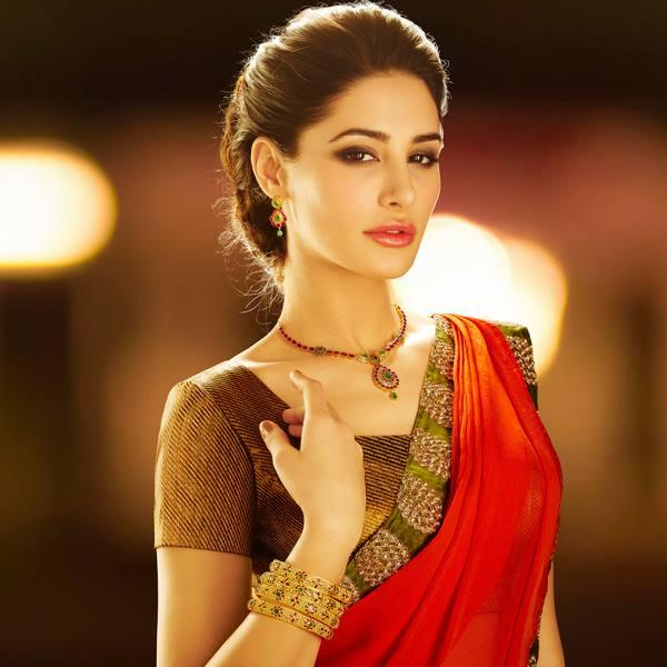 Nargis Fakhri Stunning And Spicy Look Photo Shoot For D'Damas