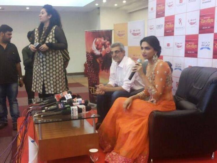 Deepika Padukone Press Meet Still At Ram Leela Promotional Event