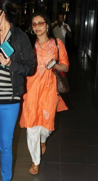 Rani Mukherjee Snapped At International Airport