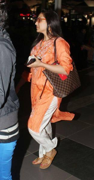 Rani Mukherjee Spotted At Airport In Simple Outfit