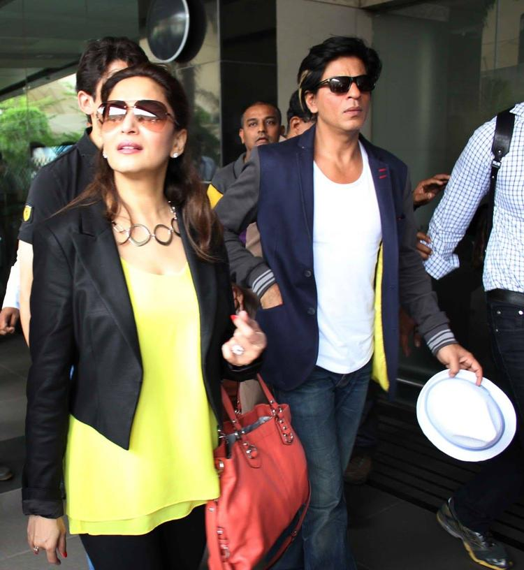 Shahrukh And Madhuri Return From Temptation Reloaded Tour