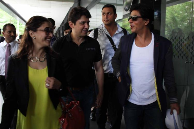 Shahrukh And Madhuri Returned From After Wrapping Up His Temptation Reloaded Tour