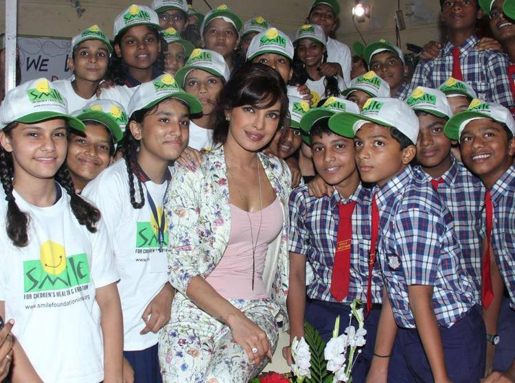 Priyanka Pose With Holy Mother School Students During Celebration Of International Girl Child Day