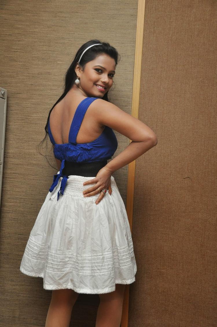 Naveena Jackson Backbare Pose Photo Shoot
