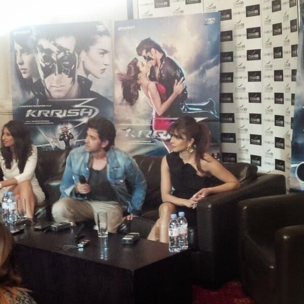 Hrithik And Priyanka During The Press Conference Of Krrish 3