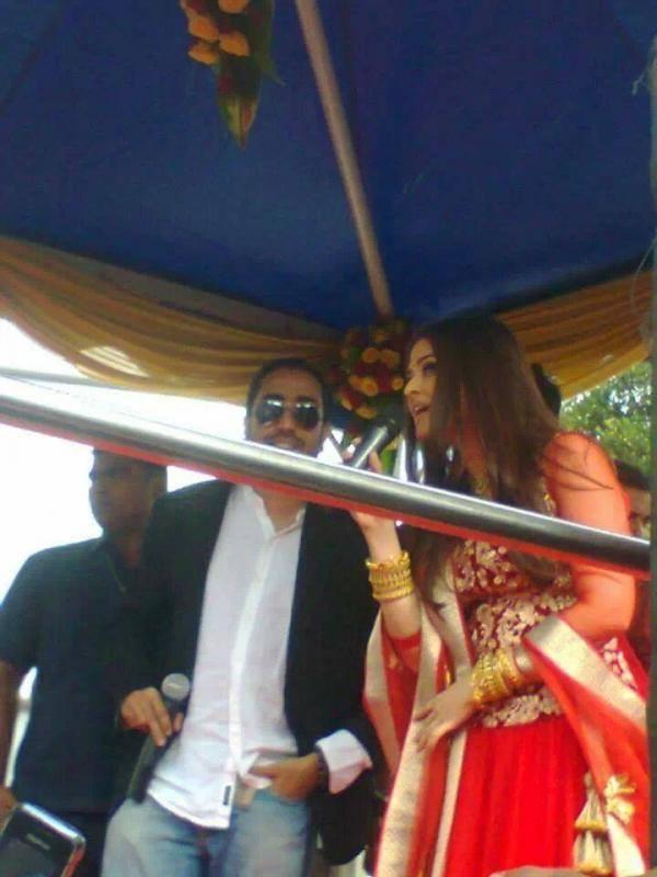 Aishwarya Rai Bachchan Inaugurate Kalyan Showroom At Trivandrum