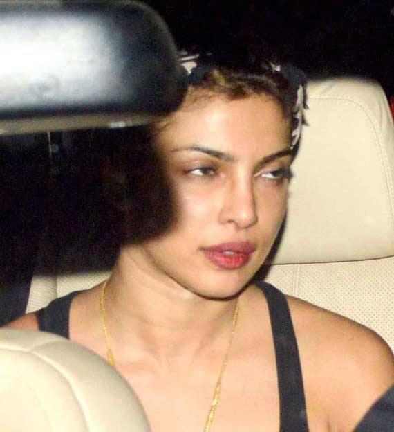 Priyanka Chopra Snapped At Outside Of The Zoya Akhtar's Residence